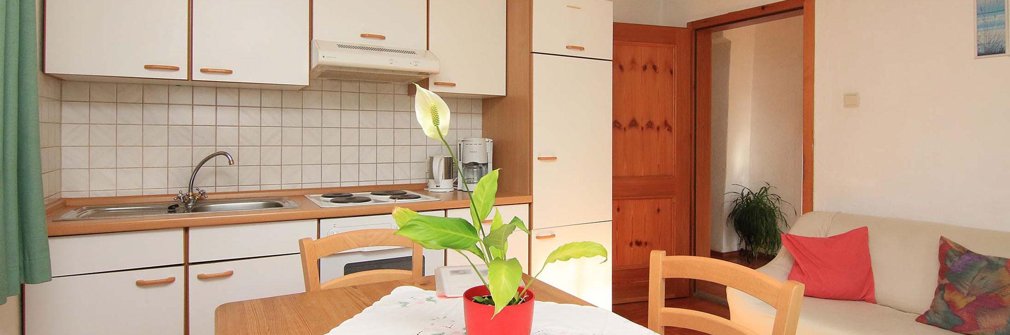 ferienwohnung 70 qm haus mitterbarmstein ferienwohnungen brandner. Black Bedroom Furniture Sets. Home Design Ideas
